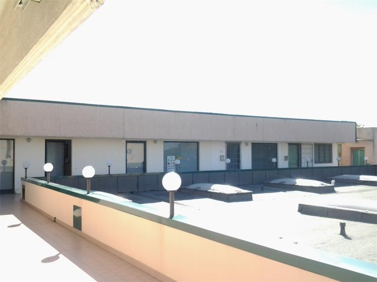 Fano - zona metaurilia - ufficio in vendita