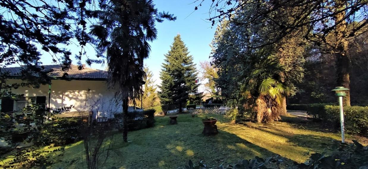 Fano - zona roncosambaccio - unifamiliare villa in vendita