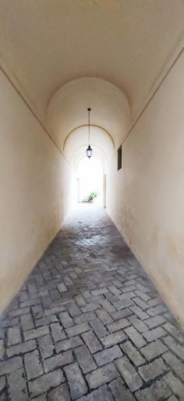 Fossombrone - zona centro storico - appartamento in vendita