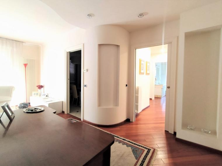 Fano - zona passeggi - attico mansarda in vendita