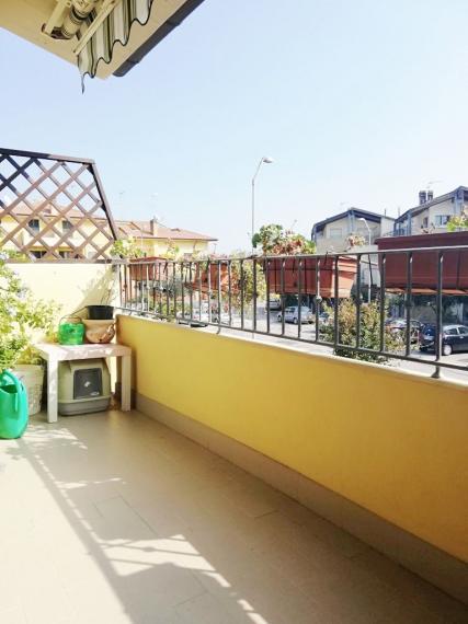 Fano - zona carrara - schiera centrale in vendita