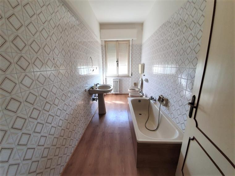 Fano - zona pontesasso - unifamiliare villa in vendita