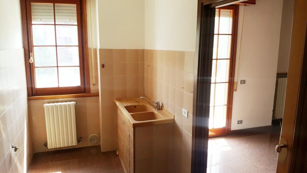 Fano - zona caminate - appartamento in vendita