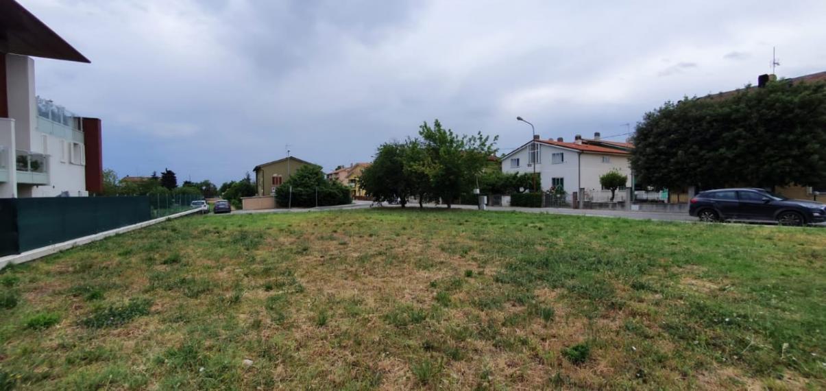 Fano - zona rosciano - terreno in vendita