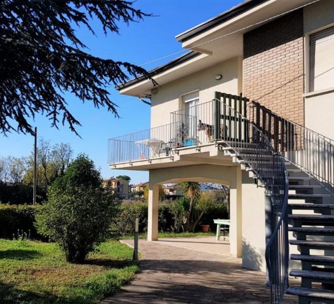 Fano - zona bellocchi - unifamiliare villa in vendita