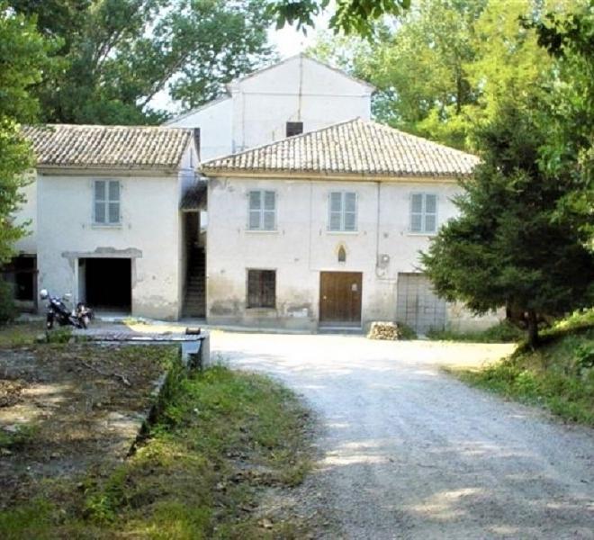 Pesaro - zona - rustico casolare cascina in vendita
