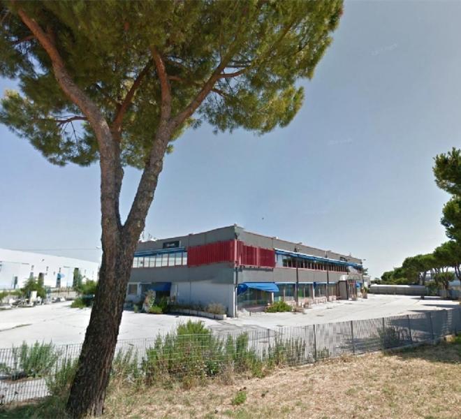 Fano - zona bellocchi - capannone in vendita