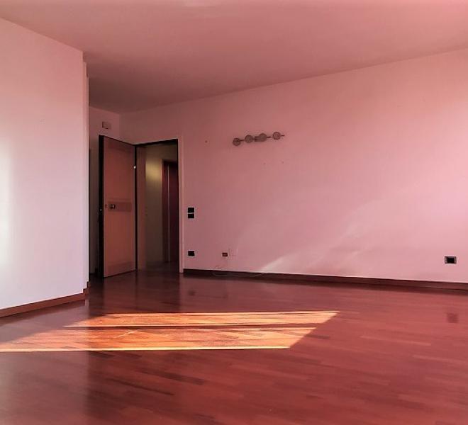 Fano - zona stadio-san lazzaro - appartamento in locazione