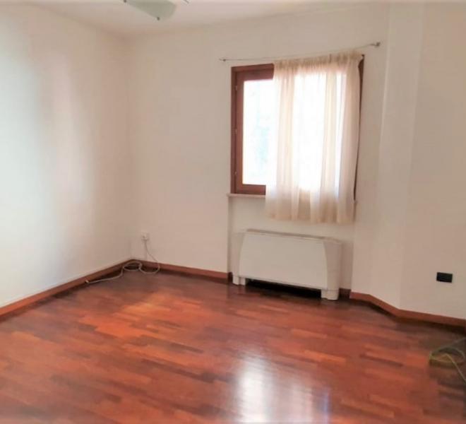 Fano - zona centro - ufficio in vendita