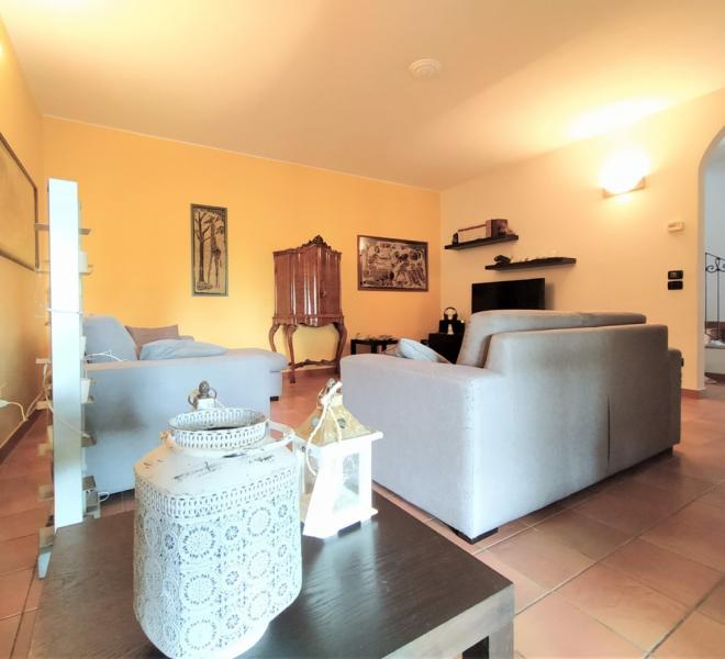 Fano - zona tombaccia - unifamiliare villa in vendita